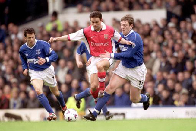 Soccer - FA Carling Premiership - Everton v Arsenal