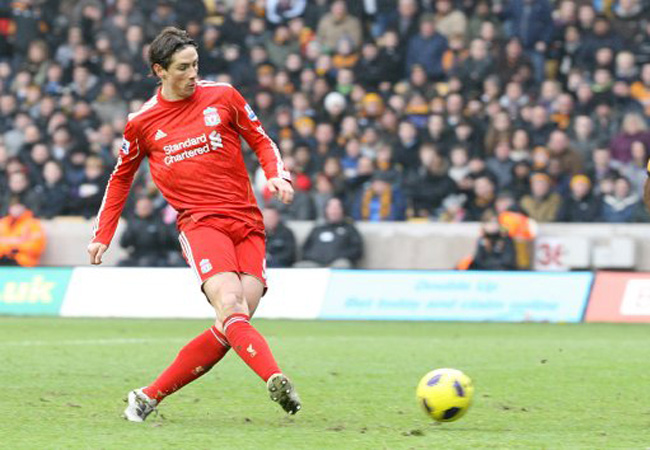 Soccer - Barclays Premier League - Wolverhampton Wanderers v Liverpool - Molineux