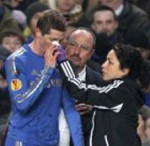 Chelsea Goal-Hero Fernando Torres Get Kicked In The Face Against Steaua (Video)