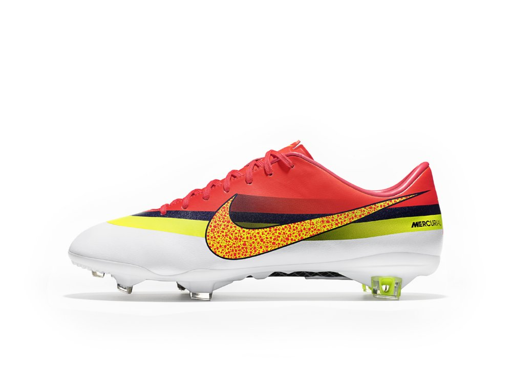 Cristiano Ronaldo s New Nike Mercurial Boots Are What One Might Call   Garish  (Photos) 568ad8aab413