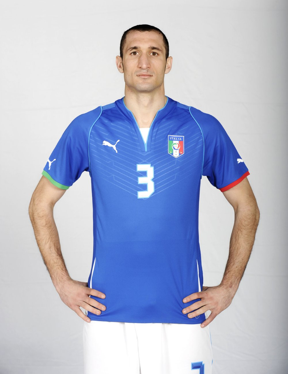 New italy 2013 confederations cup kit is molto bene for Italian kit