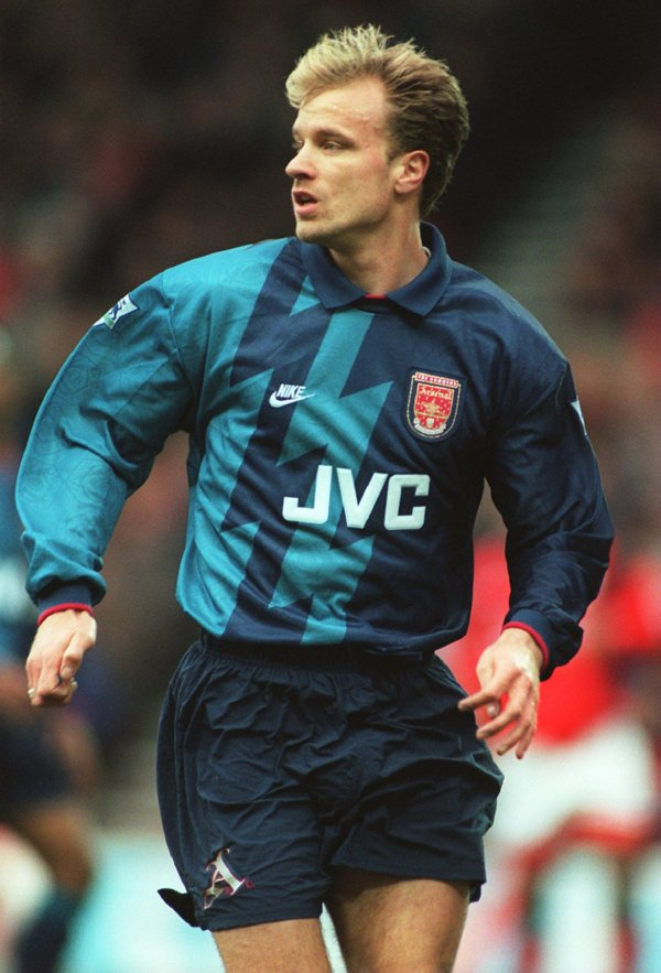 quality design 38d21 f40da Top 10 Favourite Away Kits In Premier League History | Who ...