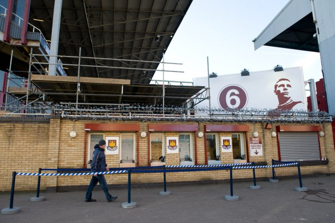 Around The Grounds: Upton Park, West Ham   Who Ate all the ...