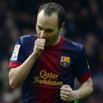 Football GIF: Andres Iniesta's Sweet Outside Of the Boot 180° Turn vs PSG
