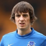 Leighton Baines Personally Delivers Season Ticket And Flowers To Bereaved Everton Fan