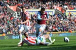 Soccer - Barclays Premier League - Stoke City v Aston Villa - Britannia Stadium