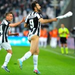 Mirko Vucinic Scores Penalty vs Pescara, Whips Off Shorts In Celebration (Video)