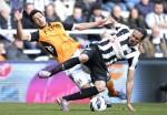 Soccer - Barclays Premier League - Newcastle United v Fulham - St James' Park