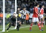 Soccer - UEFA Europa League - Quarter Final - Second Leg - Newcastle United v Benfica - St James' Park