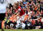 Soccer - Barclays Premier League - Arsenal v Manchester United - Emirates Stadium
