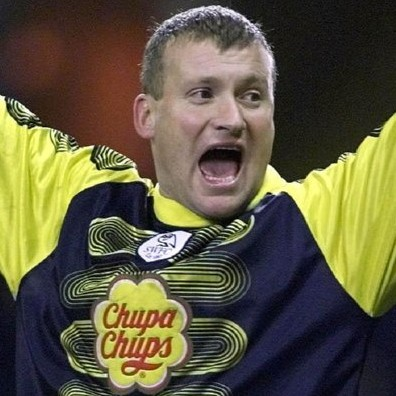 Shit Football Kits: Sheffield Wednesday's Sickly 'Chupa Chups' Goalkeeper Foul-Up, 2002/03