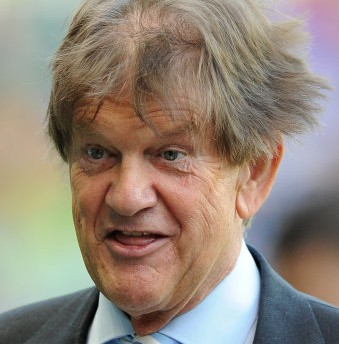 Paloma Faith Concert Rudely Interrupted By Reading Chairman Sir John Madejski