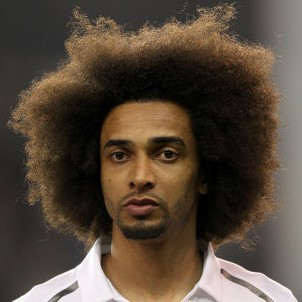 Benoit Assou-Ekotto Admits He Doesn't Really Follow Football, Has No Idea Luis Suarez Bit Someone