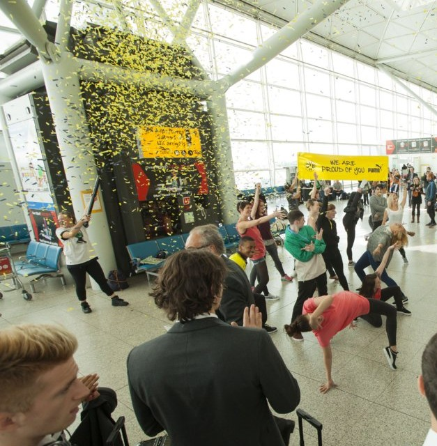 Dortmund Squad Surprised By Slightly Inappropriate Flashmob At Stanstead Airport (Video)