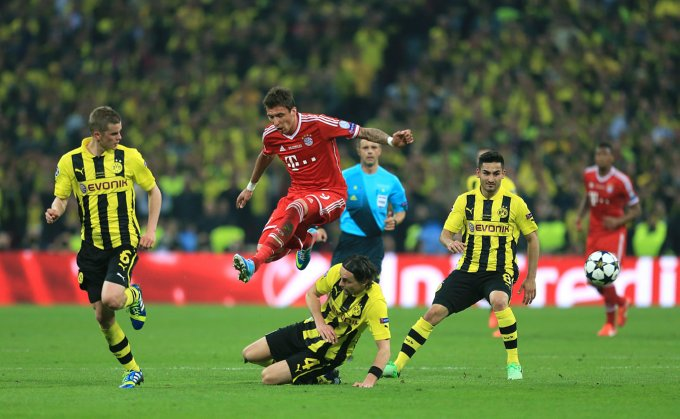 Soccer - UEFA Champions League - Final - Borussia Dortmund v Bayern Munich - Wembley Stadium