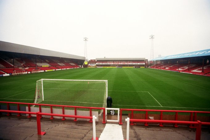Soccer - Nationwide League Division Three - Brentford v Carlisle United