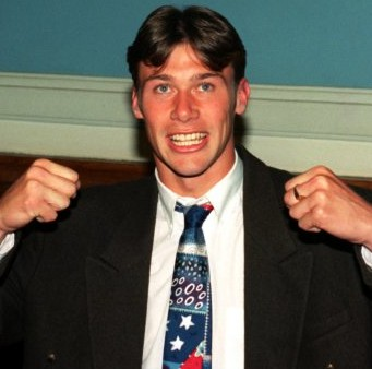 Classic Moments: Duncan Ferguson Headbutts Jock McStay, Spends Three Months In Prison, 1994 (Video)