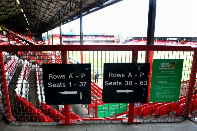 Soccer - Coca-Cola Football League Two - Brentford v Gillingham - Griffin Park