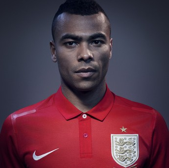 Nike Roll Out New England 2013/14 Away Kit (Photos)