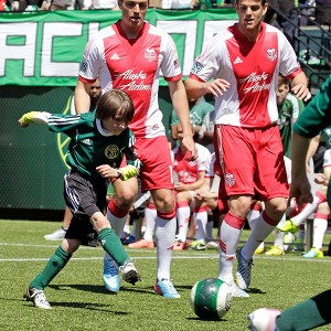 3,000 Fans Turn Out As Portland Timbers Give Eight-Year-Old Cancer Patient His Dream Match (Video)