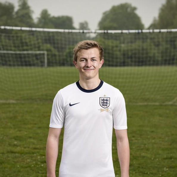 Official: The New Nike England 2013 Home Kit  – As Revealed By Jack Wilshere On Twitter (Photo)