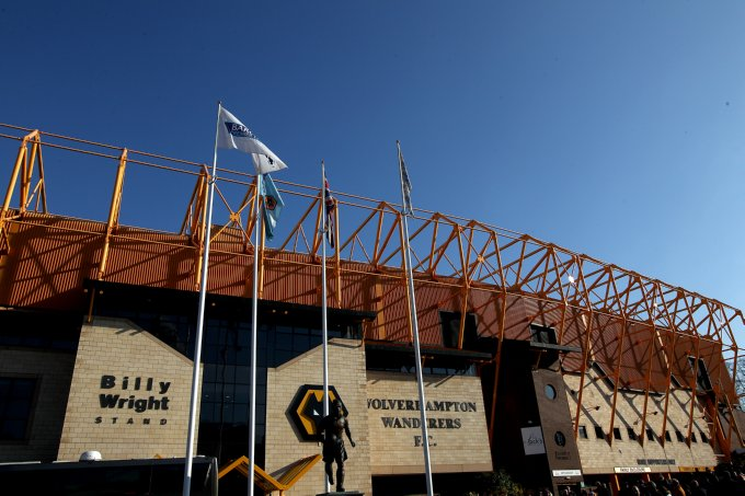 Soccer - Barclays Premier League - Wolverhampton Wanderers v Wigan Athletic - Molineux