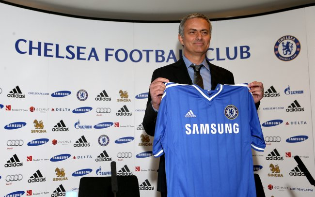 Soccer - Chelsea Press Conference - Jose Mourinho Unveiling - Stamford Bridge