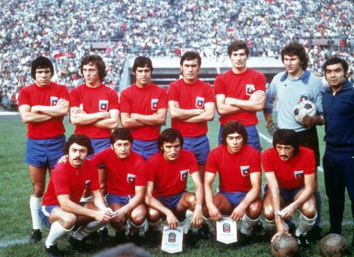 Soccer - World Cup Qualifier - Group Three - Chile v Peru