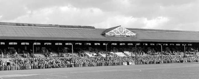 Soccer - League Division One - Fulham v Chelsea - Craven Cottage