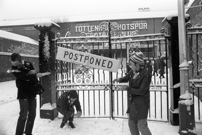 Soccer - League Division One - Tottenham Hotspur v Everton - White Hart Lane