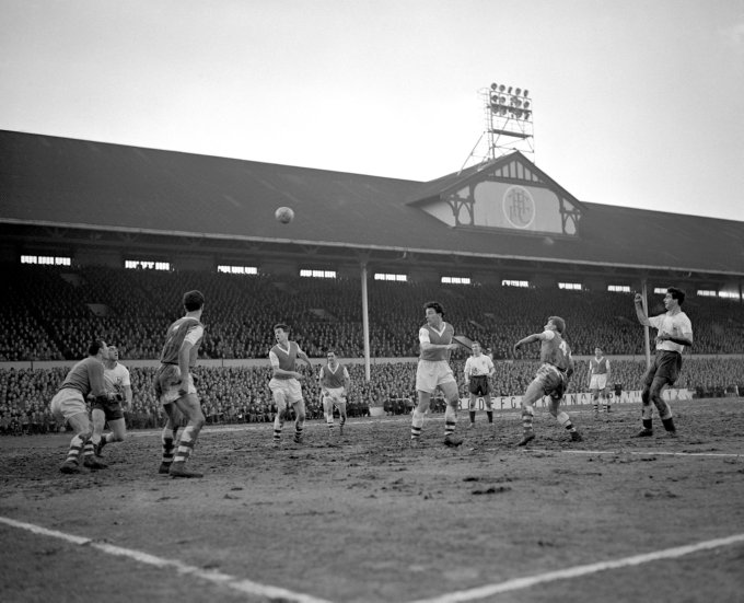 Soccer - Football League Division One - Tottenham Hotspur v Arsenal - White Hart Lane