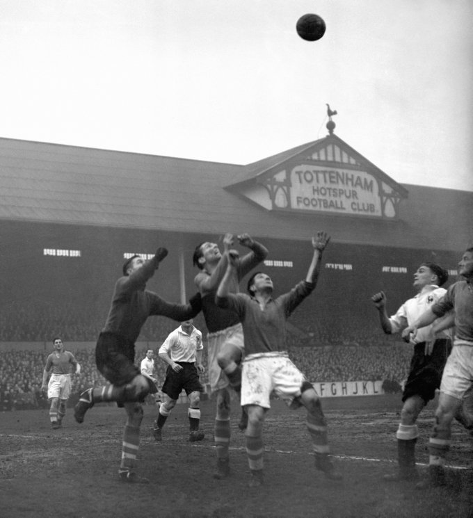 Soccer - League Division One - Tottenham Hotspur v Liverpool - White Hart Lane