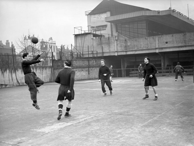 Soccer - FA Cup - Arsenal Training - Highbury