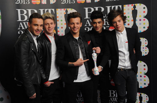 One Direction win Silver Clef Award