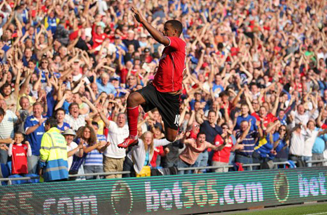 Soccer - Barclays Premier League - Cardiff City v Manchester City - Cardiff City Stadium