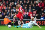 Soccer - Barclays Premier League - Southampton v West Ham United - St Mary's