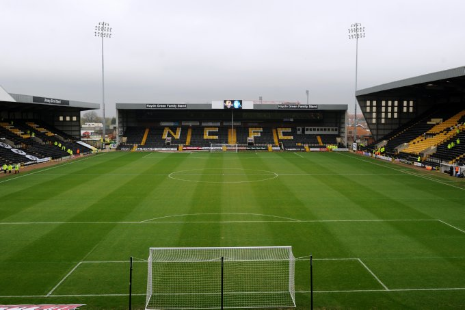 Soccer - npower Football League One - Notts County v Wycombe Wanderers - Meadow Lane