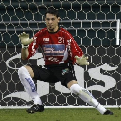Uruguayan Goalkeeper Juan Obelar Chops Off Four Fingers In Hideous DIY Accident, Forced To Retire