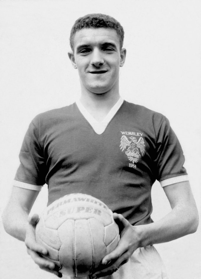 Soccer - Bill Foulkes File Photo
