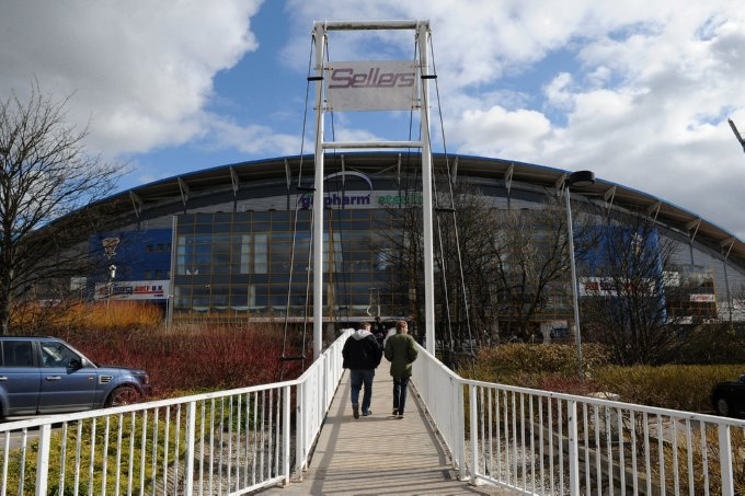 Soccer - Coca-Cola Football League One - Huddersfield Town v Charlton Athletic - Galpharm Stadium