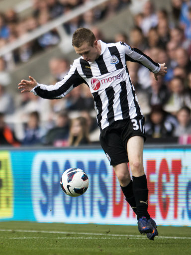 Soccer - Barclays Premier League - Newcastle United v Manchester United- Sports Direct Arena