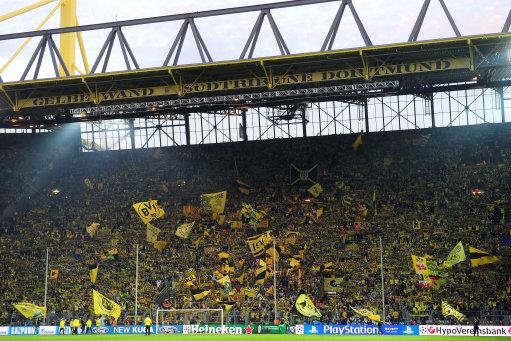 Soccer - UEFA Champions League - Semi Final - First Leg - Borussia Dortmund v Real Madrid - Signal Iduna Park