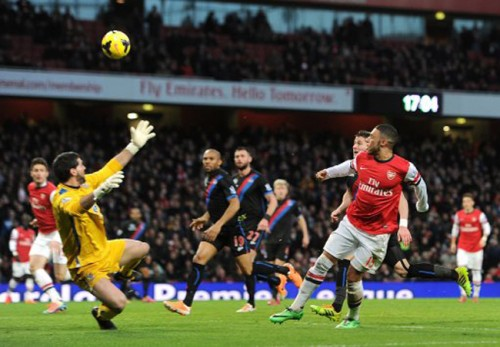 Soccer - Barclays Premier League - Arsenal v Crystal Palace - Emirates Stadium