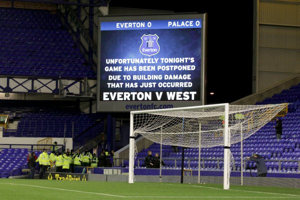 Soccer - Barclays Premier League - Everton v Crystal Palace - Goodison Park