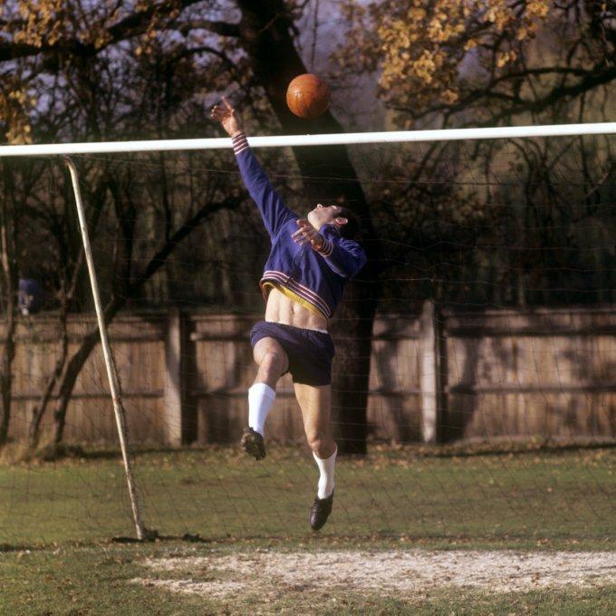 Soccer - England Training - Roehampton