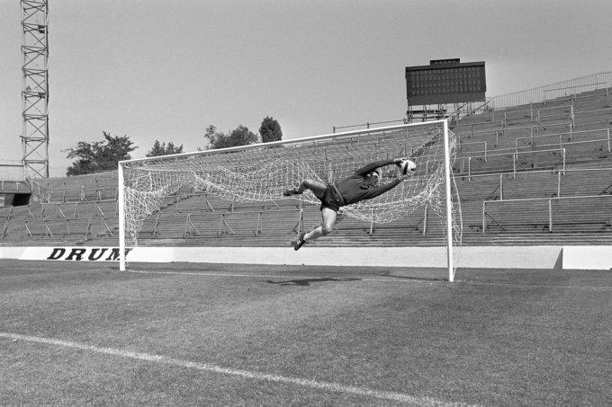 Soccer - World Cup England 1966 - Uruguay Training - Hillsborough