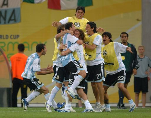 Soccer - 2006 FIFA World Cup Germany - Second Round - Argentina v Mexico - Zentralstadion