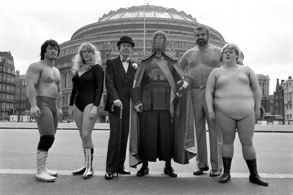 Wrestling/costumed competitors