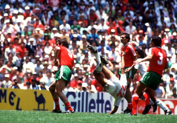 Soccer - World Cup Mexico 86 - Second Round - Mexico v Bulgaria