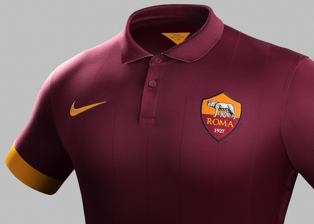Su14_Match_As_Roma_PR_H_Crest_R_30069